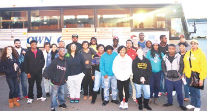 Carver juniors take in Charleston