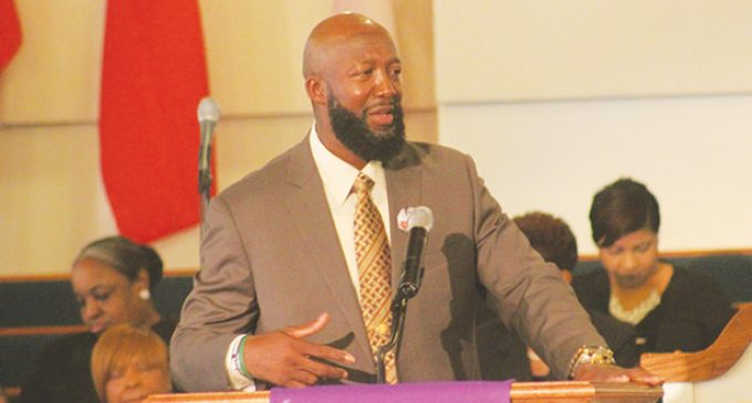Father of Trayvon Martin touts black people in W-S speech