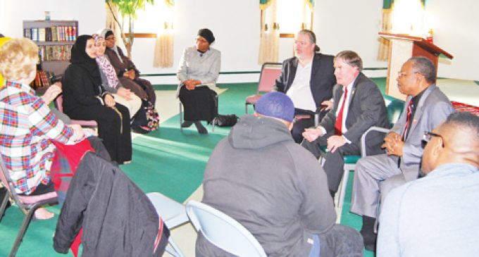 Mosque Q&A features Justice Ervin