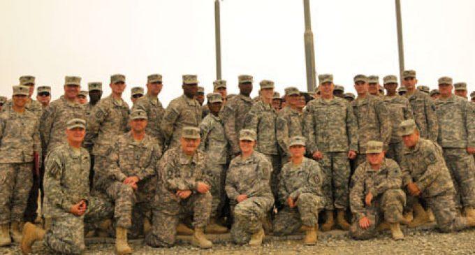 Soldiers welcomed back as heroes