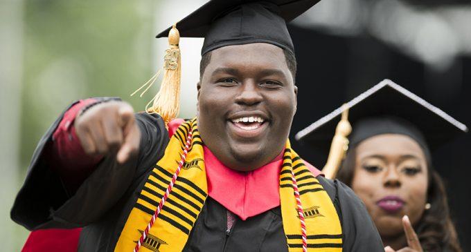 Common tells WSSU graduates: 'Depart to serve'