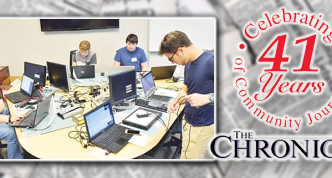 Community computer clinic services 100-plus machines