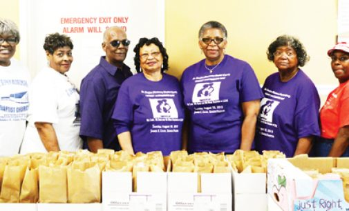 Church prepares lunches for Bethesda clients