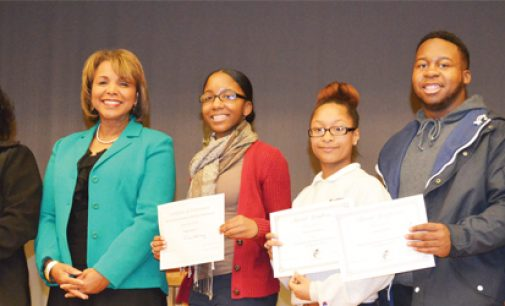 Starke inspires honor students