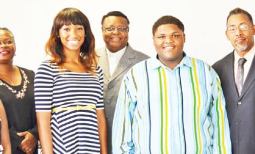 Ministers support college-bound teens