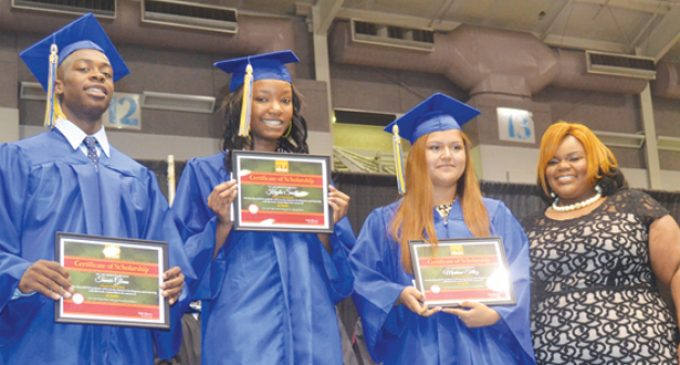 Carver High alum returns to deliver commencement speech