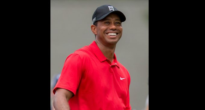 Tiger Woods helps ratings but not himself at Wyndham