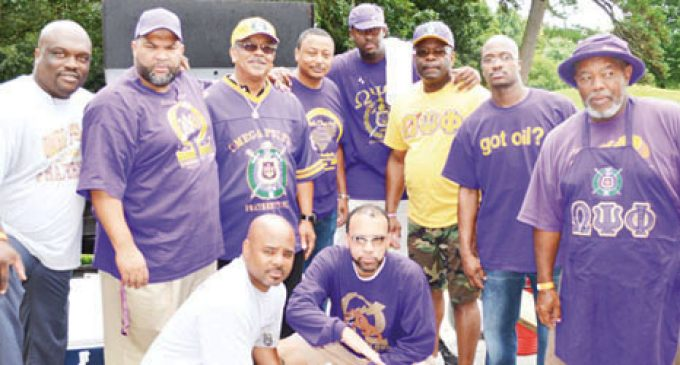 Omegas hold annual cookout