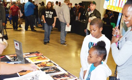 Fans flock to premier wrestling event