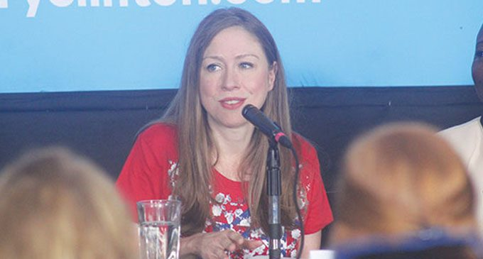 Chelsea Clinton campaigns for her mother at Wake Forest