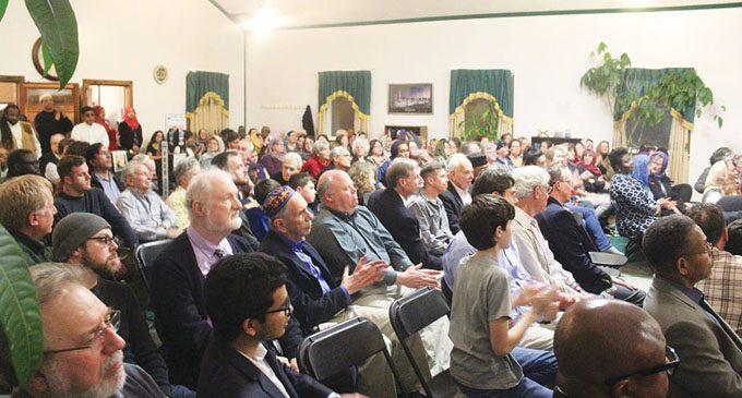 Different faiths protest anti-Muslim travel ban