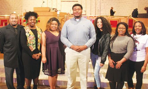 Memorial Scholarship Service honors Mack, college students