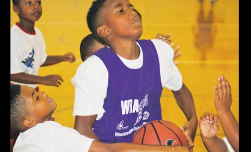Josh Howard brings annual camp to Anderson center