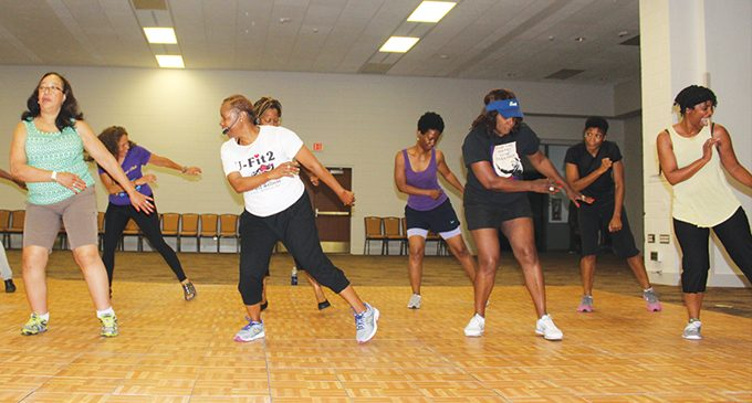 Fitness Class Grooves To Gospel Music While Working Out Ws Chronicle