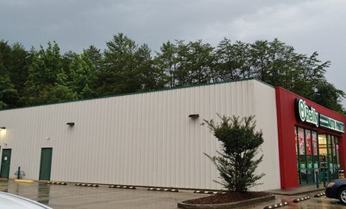 County restricts metal siding on stores