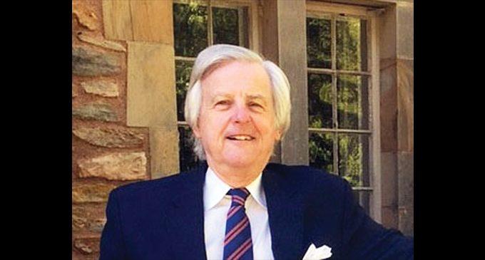 SECCA Executive Director Gordon Peterson announces retirement