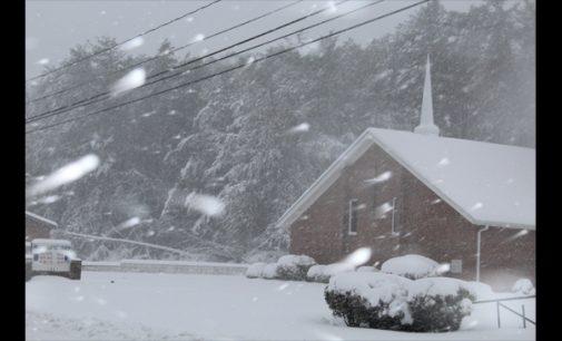 Snow thwarts church services