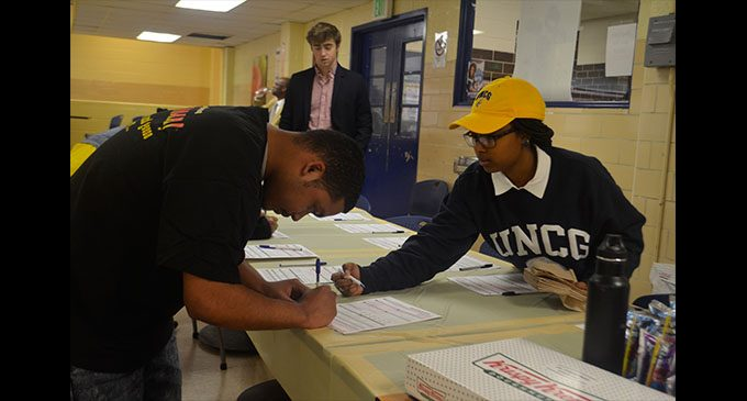 Young Democrats register local students to vote
