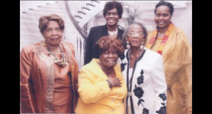 Ministers' Wives and Widows attend state convention