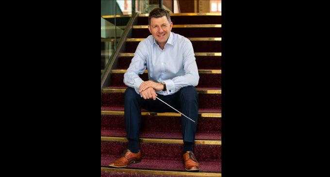 Baton is passed to new Winston-Salem Symphony Music Director Timothy Redmond