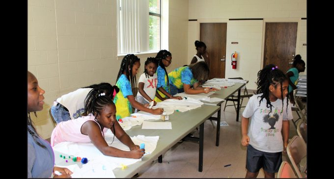Nonprofit holds Fun Day for rec center kids