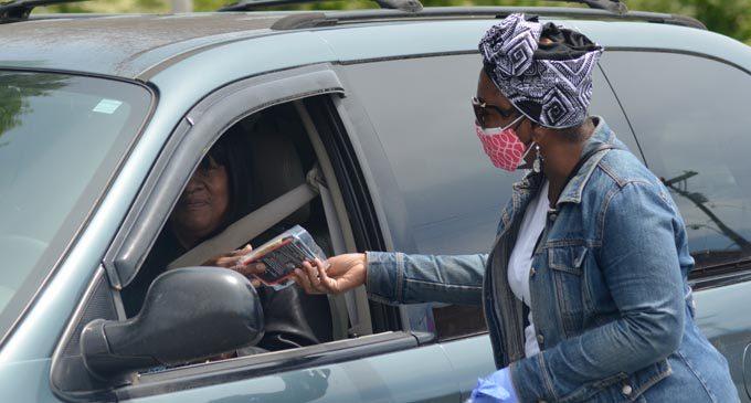 'Mask the City' provides free masks for seniors