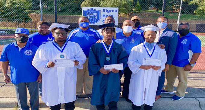 Phi Beta Sigma awards scholarships to 3 local students