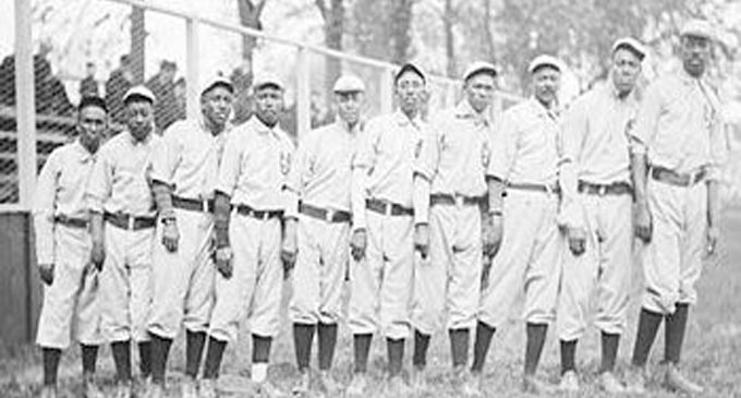 Negro Leagues finally get  recognition as Major League